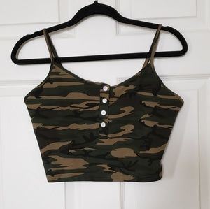Camo cropped top